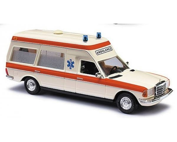 MB VF123 KW AMBULANCE HOLLAND